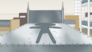 S8E16.078 Metal Bed Forming Pops' Body Shape