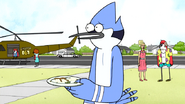 S6E20.256 Mordecai Apologizing for His Actions