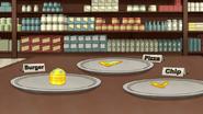 S7E26.125 Mini Diamond-Encrusted Golden Food