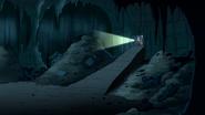 S5E19.078 Inside the Cave 01