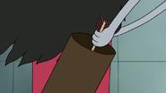 S7E05.434 Benson Grabbing His Last Explosive Arrow