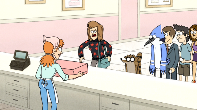 File:S5E32.020 The Cake Worker Comes Back with the Cake.png