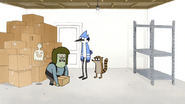 S4E30.004 Muscle Man Tries to Lift the Box