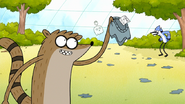 S7E29.051 Rigby Found the Shirt Tag