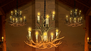 S6E12.114 Antler Candle Chandeliers
