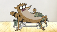 S7E28.016 Rigby Waking Up