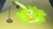 S7E02.157 When this crocodile comes flying out of nowhere!