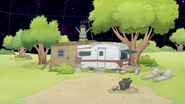 S8E01.059 Muscle Man Removing His Antenna From His Trailer