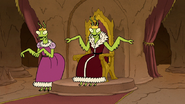 S8E05.044 Mantis King and Mantis Princess