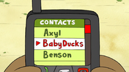 S6E24.140 Baby Ducks on Rigby's Phone