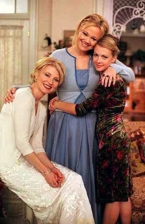 Spellman-Family-Photos-sabrina-the-teenage-witch-11719919-350-540