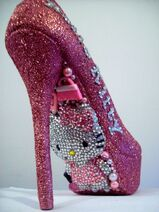 Hello-Kitty-heels
