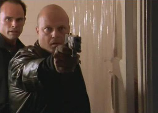 File:1x01 Crowley-mackey-shot-2.jpg