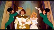 Two Guards are grwoning Odette and Derek as king and Queen