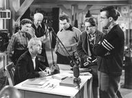 The scientists discuss Carrington's experiment - The Thing (1951)