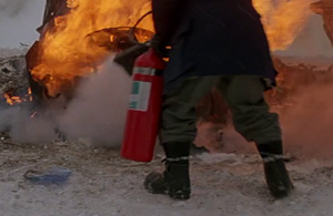 Fire Extinguisher (1) - The Thing (1982)