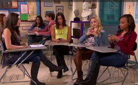 Phoebe Tries to Get Winnie's Team to Focus