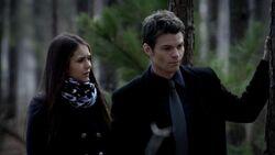 3x15 Elena e Elijah 1