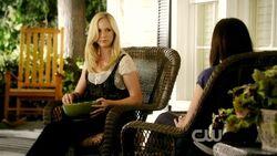 Elena e Caroline