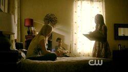 Bonnie, Stefan e Caroline