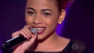 Tori Huang canta 'Telegrama' no The Voice Brasil