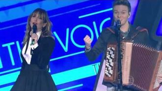 Técnicos cantam 'Tudo Azul' no The Voice Brasil
