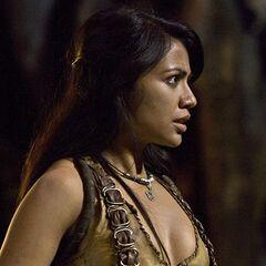 Karen David como <i>Layla</i> en <i>El rey escorpión 2: El nacimiento del guerrero</i>.