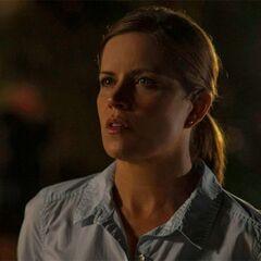 Kim Dickens como <i>Detective Rhonda Boney</i> en <i>Perdida</i>.