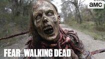 """FEAR THE WALKING DEAD 5x01 """"Here To Help"""" Sneak Peek HD Lennie James, Kim Dickens, Frank Dillane"""