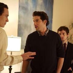 Jon Bernthal como James Dixon en <i>Day Zero</i>