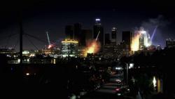 Fear-the-walking-dead-premiere-trailer-lights-out-la