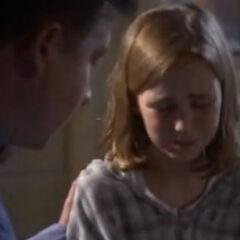 Madison Lintz como Natalie en <i>It's Supernatural</i>