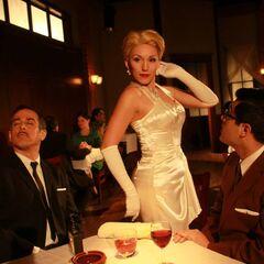 Lisandra Tena como <i>Maribella</i> en <i>Una mujer sin precio 1961</i>.