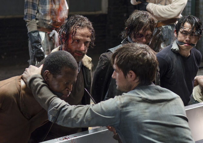 The-walking-dead-episode-501-rick-lincoln-daryl-reedus-935
