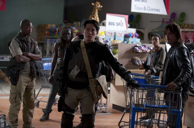 Normal scnet twd stills 401 0002