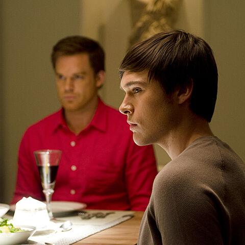 Sam Underwood  como <i>Zach Hamilton</i> en <i>Dexter</i>.