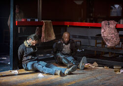 The-walking-dead-episode-814-rick-lincoln-2-935