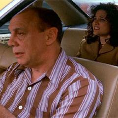 Dayton Callie como <i>Cabbie</i> en <i>Seinfield</i>.