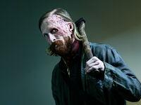 Fear-the-walking-dead-season-5-cast-dwight-amelio-800x600
