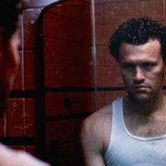 Michael Rooker como Henry en <i>Henry: Portrait of a Serial Killer</i>