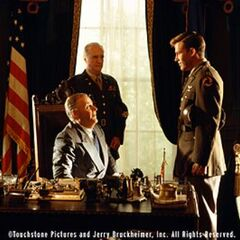 Scott Wilson como el General George Marshall en <i>Pearl Harbor</i>