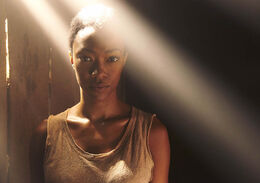 The-Walking-Dead-Season-5-Sasha-Green-935
