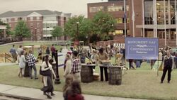 Campus-Kolonie Monument Day