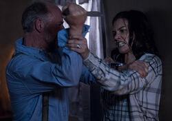 Gregory und Maggie kämpfen S9E1