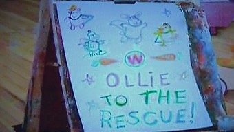 File:Ollie to the rescue card.JPG