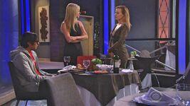 Ashley vs Phyllis fight for Ravi