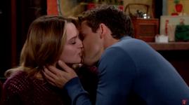 Summer and Kyle kiss