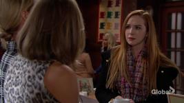 Mariah suspicious of Sharon and Phyllis
