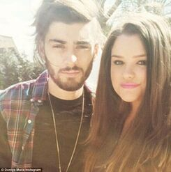 2859ACD900000578-3068961-Siblings Zayn Malik s older sister Doniya has opened up on their-a-4 1430895624570