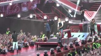 One Direction - Little Black Dress (live at Croke Park, May 25th 2014)